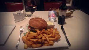 InstaCartoon_Having cheat meal with my buddy NEMO_crédit photo Instagram Alexandre De Vries, Tpex85